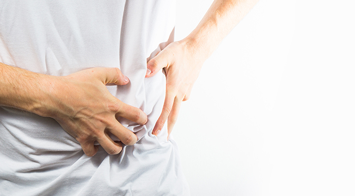 man suffering from gallbladder infection