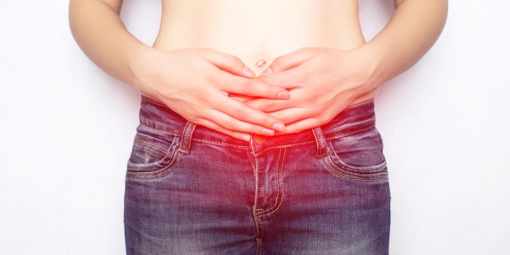 पेट में सूजन हो सकती है हर्निया: जानिए