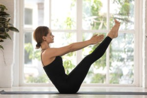 Navasana yoga for varicose veins
