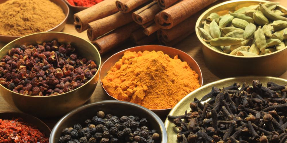 herbs and spices for bad breath and tonsil stones