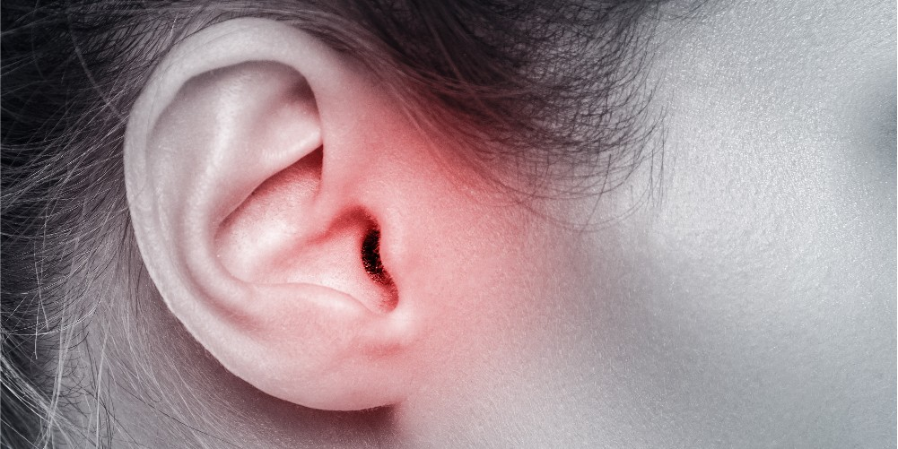 woman's ear showing ear pain