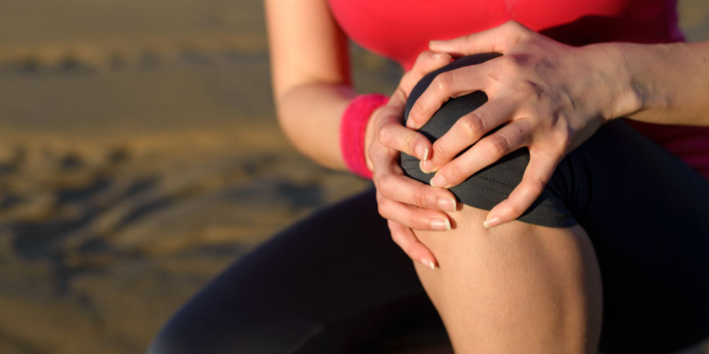 Apply oil near the belly button to lessen joint pains and aches