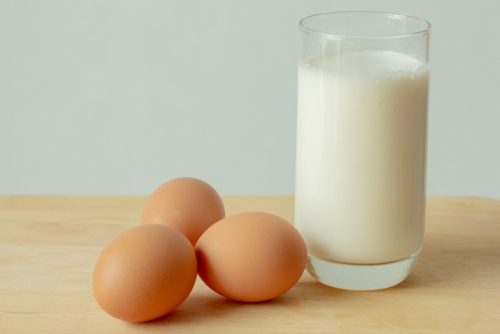 Omega3 fortified eggs and milk