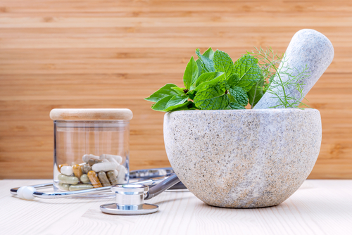 Herbs and natural supplements for period pain