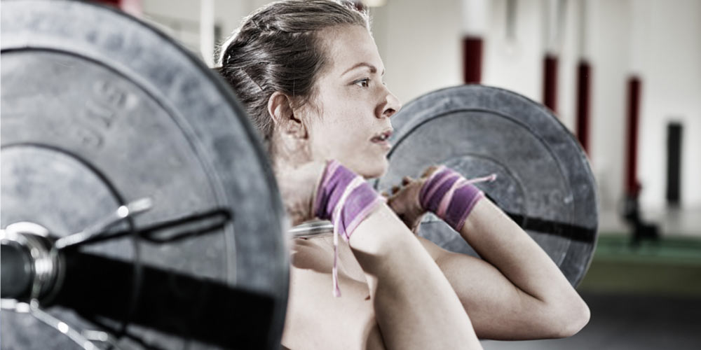 Maintaing good posture while lifting heavy weights