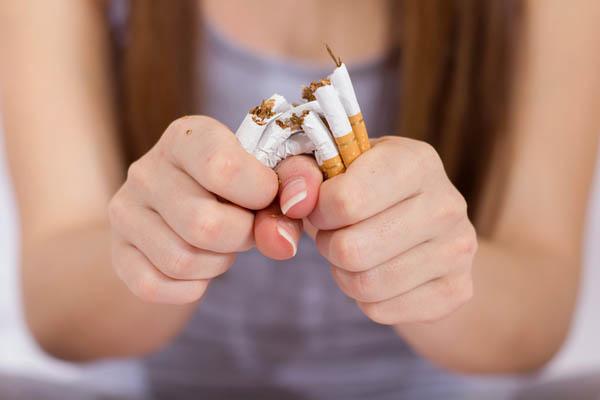 quit smoking for uterine polyps