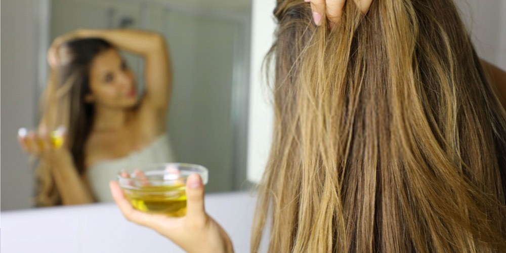 Oiling-Home-Remedies-To-Try-For-Thinning-Hair-2