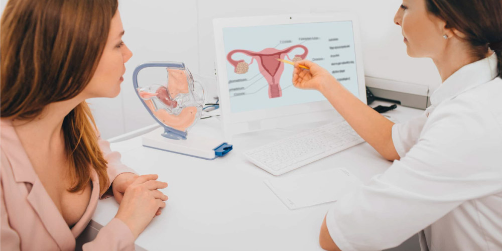 gynecologist with uterine fibroid patient